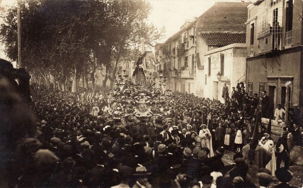 La procesión de 1924, de regreso