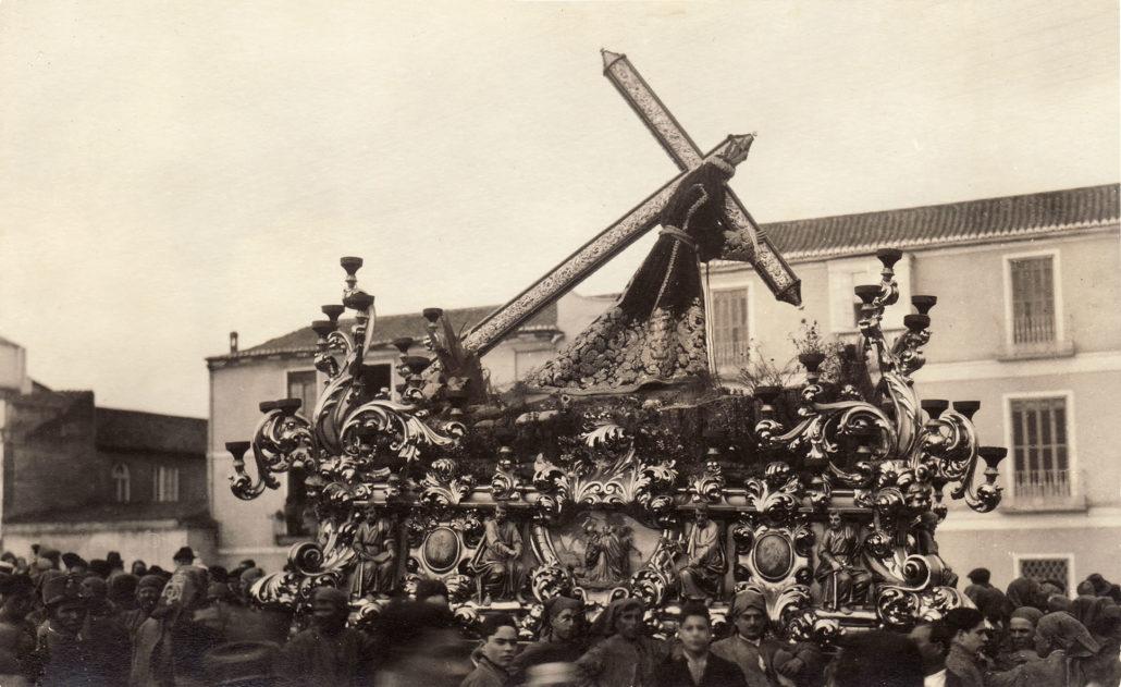Momento de la procesión del Jueves Santo de 1924