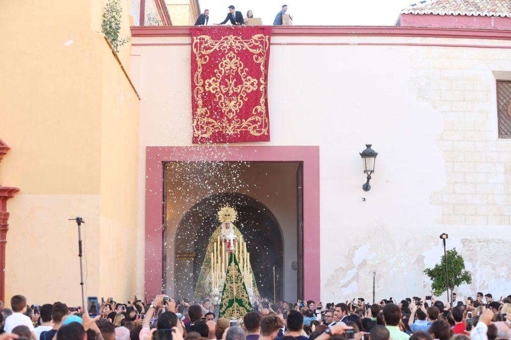 La Virgen de la Esperanza abandona Santo Domingo después de la celebración de los cultos por el 375º aniversario fundacional